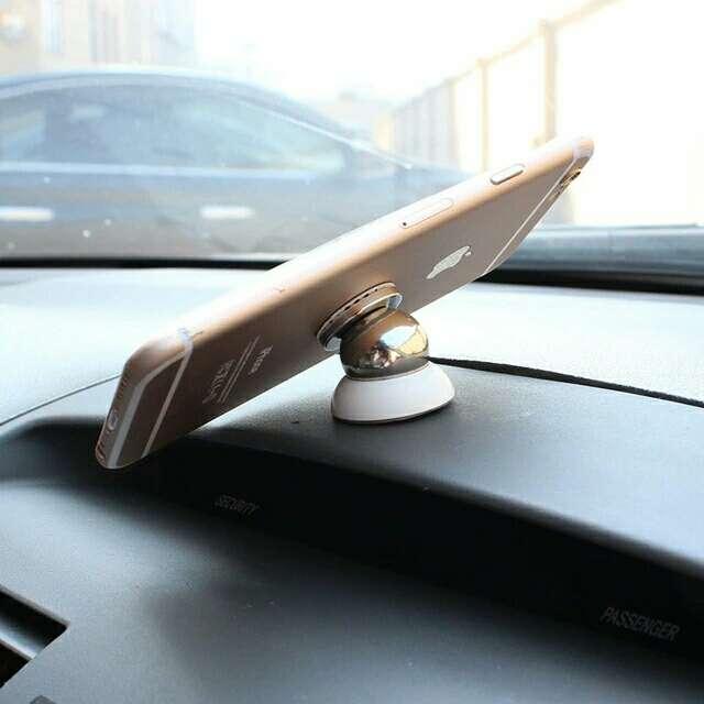 Imagen Imán para móvil coche nuevo