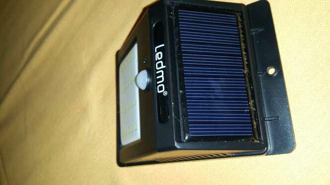 Imagen producto Luces Solares LED de Pared, Blanco20Leds Sensor movimiento 4