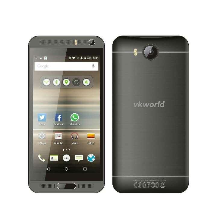 Imagen producto Teléfono inteligente Android de 5.1  8 GB de RAM + 1 GB ROM quad-core 1.3 GHz 8 MP dual SIM WCDMA & GSM teléfono (negro) 3