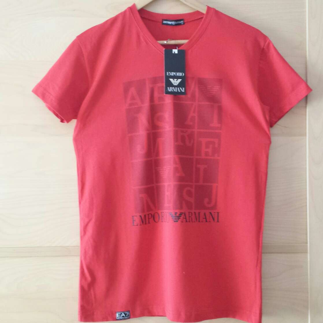 Imagen Camiseta nueva EMPORIO ARMANI