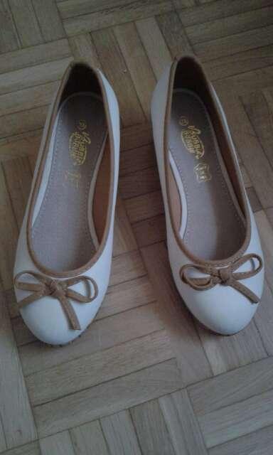 Imagen producto Zapatos niña o mujer 2
