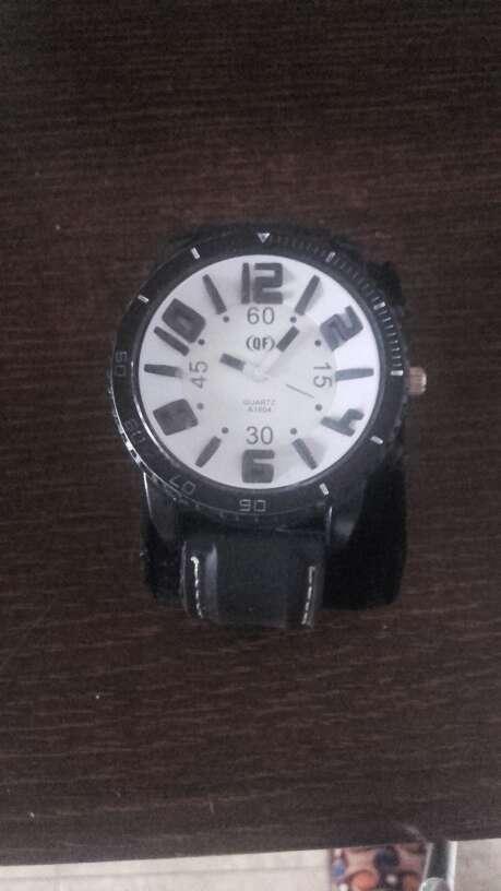 Imagen reloj prácticamente nuevo