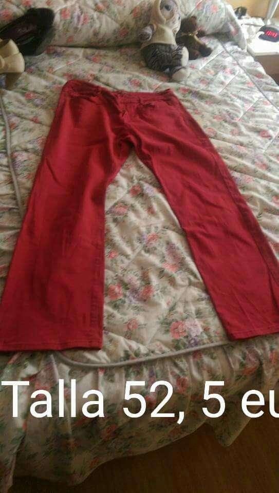 Imagen Pantalón rojo