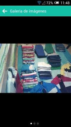 Imagen gran lote de ropa para mercado segunda mano