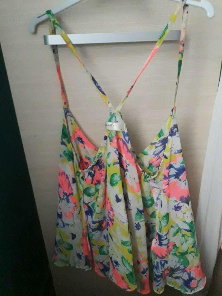 Imagen camisa flores