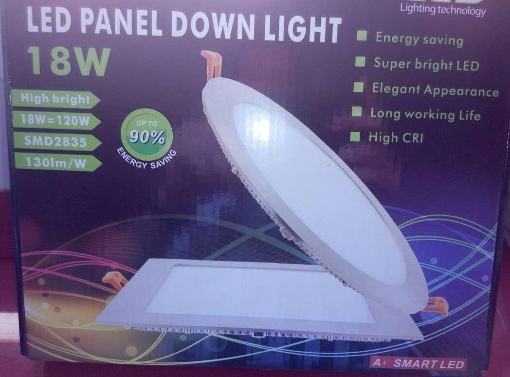 Imagen producto 8 Downlight 18w led panel plata nuevo. 3