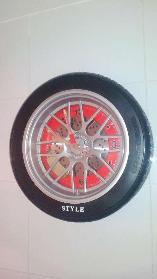 Imagen Reloj Rueda. Rebajado un 65%.