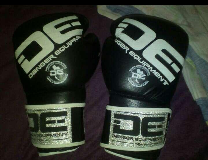Imagen guantes de boxeo, kick boxing 14oz