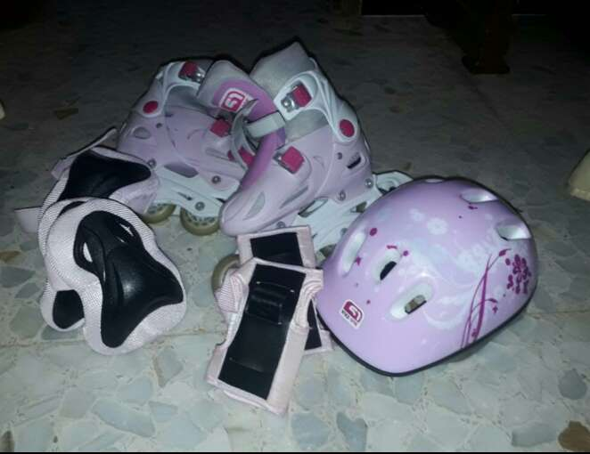 Imagen patines rosas talla 35