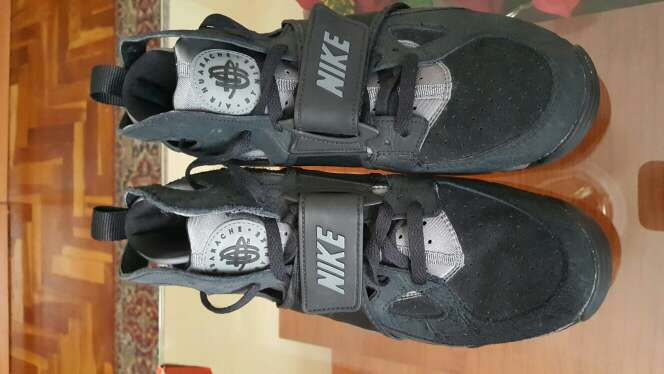 Imagen zapatos nike huarache talla 42