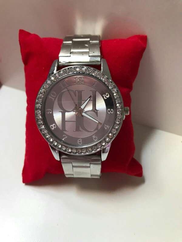 Imagen reloj Carolina