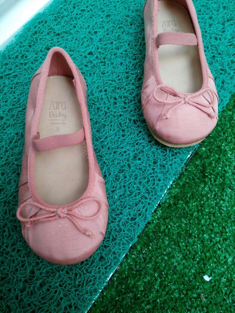 Imagen producto Manoletinas de Zara Kids. A estrenar. T20. 3