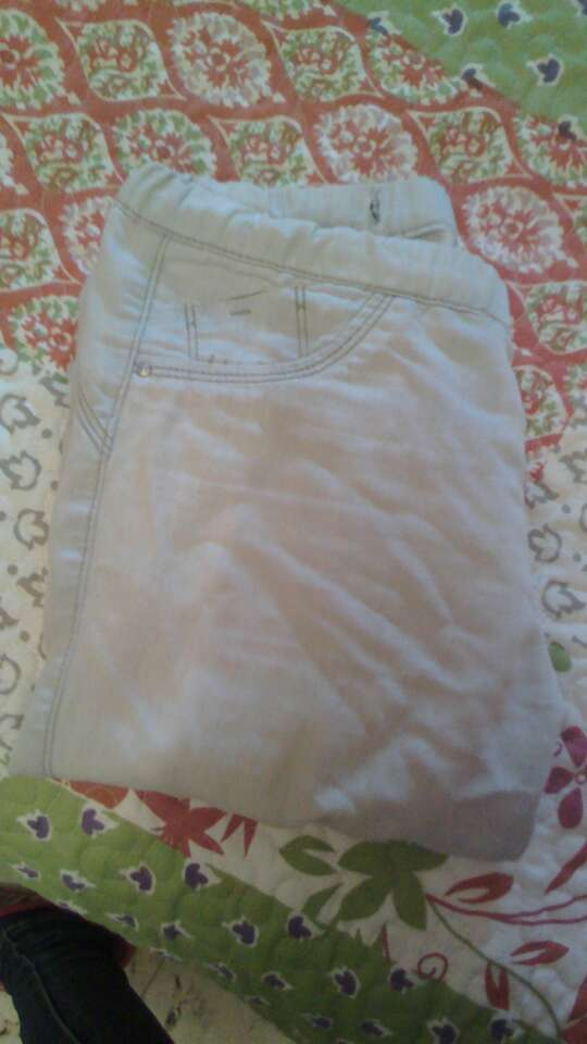 Imagen producto Pantalón blanco 5€ 1