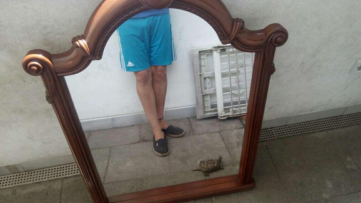 Imagen espejo de madera
