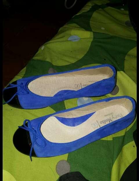 Imagen manoletinas nuevas azules
