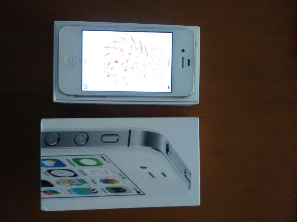 Imagen iPhone 4S casi nuevo