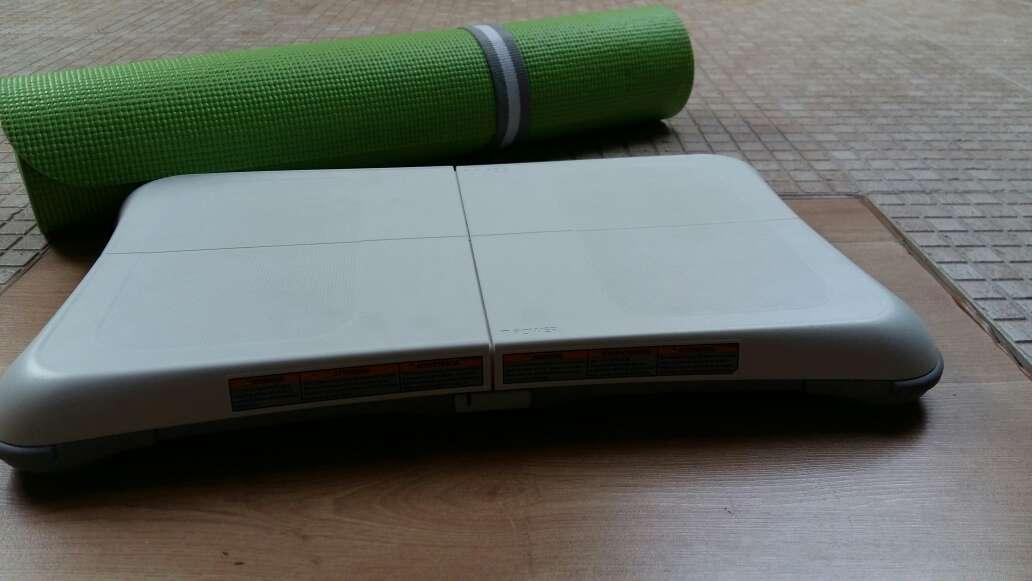 Imagen producto Alfombra y tabla Wii 2