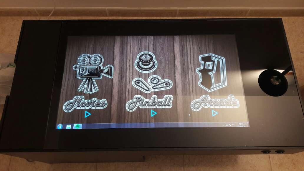 Imagen recreativa arcade y Pinball mesas bajas de salón