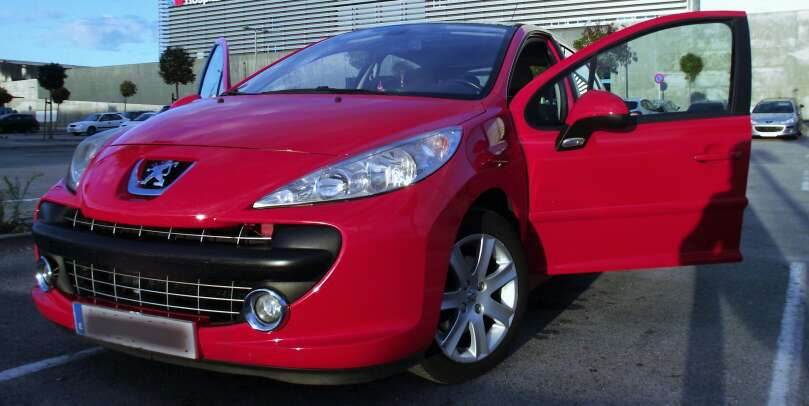 Imagen Peugeot 207 1.6 HDI Premium año  2008