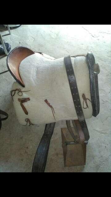 Imagen producto Silla de montar con su funda de borrego 2
