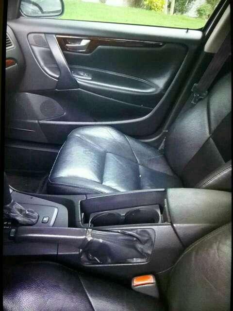 Imagen producto Carro  volvo s60t5  año 2001  4