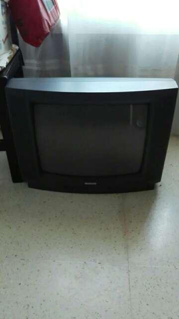 Imagen Televisor con soporte de pared