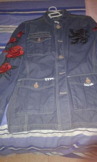 Imagen chaqueta de bordados