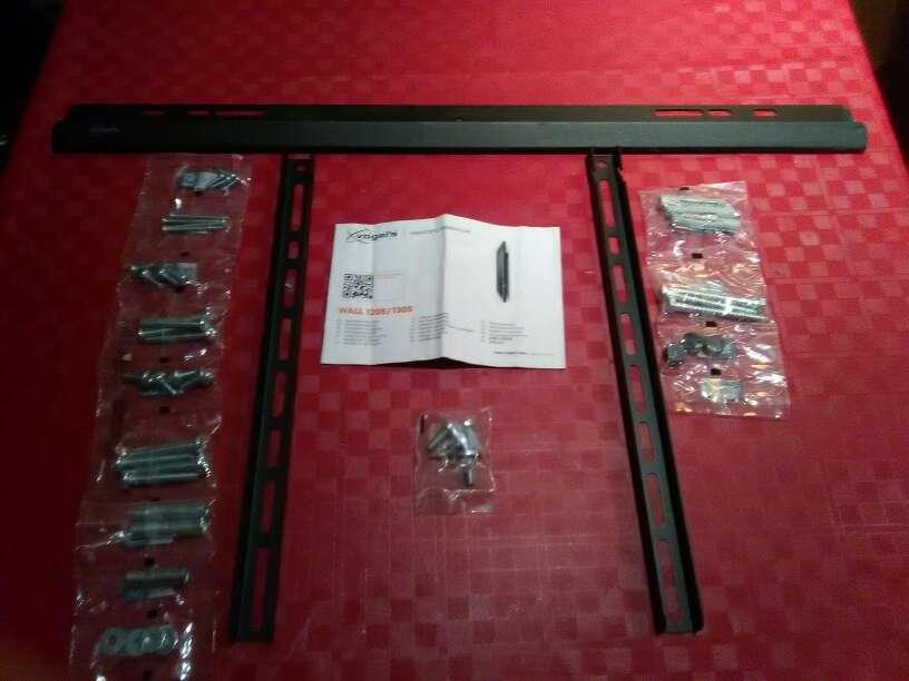 Imagen se vende 2 soportes de televisión LCD/LED/PLASMA