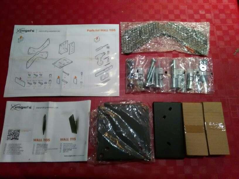 Imagen producto Se vende 2 soportes de televisión LCD/LED/PLASMA 3
