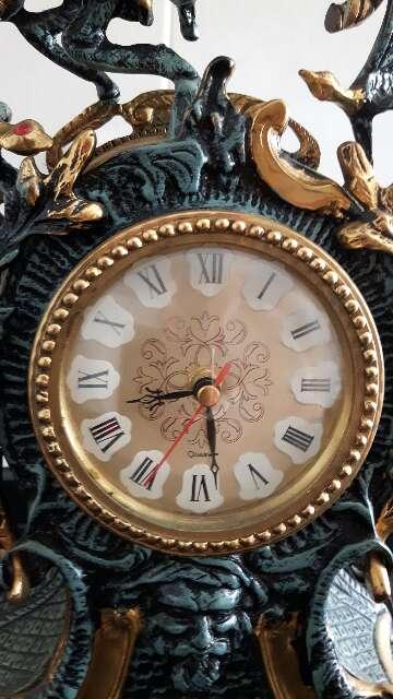 Imagen producto Se vende Reloj de Bronce antigui 3