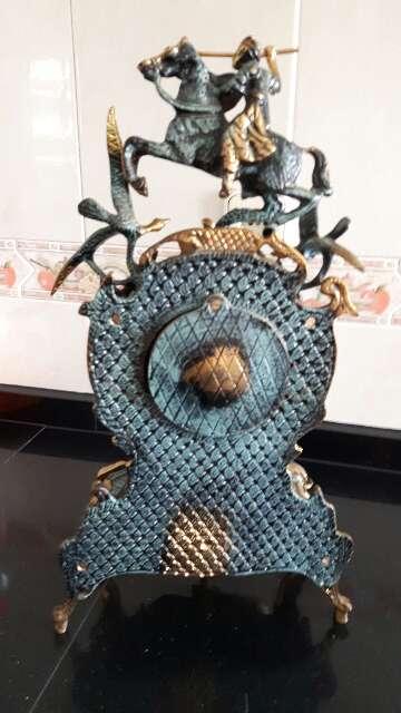 Imagen producto Se vende Reloj de Bronce antigui 4