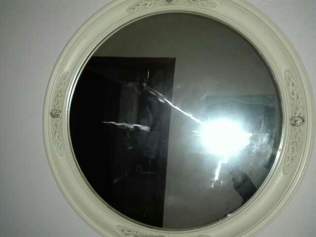 Imagen producto Se vende mueble antiguo mas espejo a juego 2