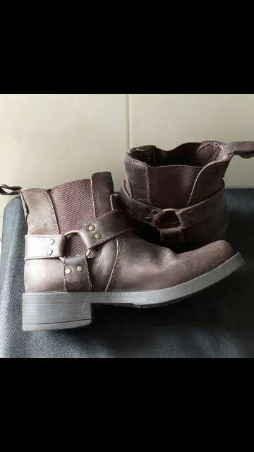 Imagen producto Se venden botas 2