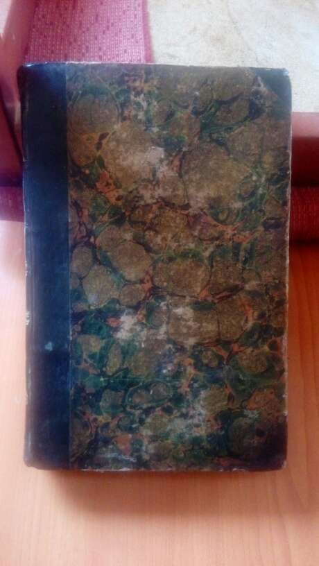 Imagen libro antiguo del.año 1845