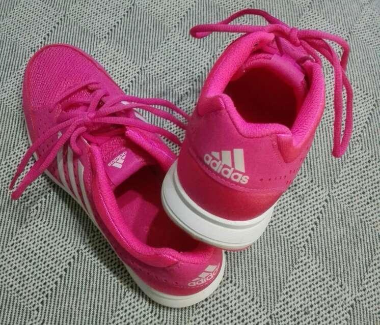 Imagen producto Zapatillas Deportivas rosas Adidas SIN estrenar mujer.40 y medio. 2