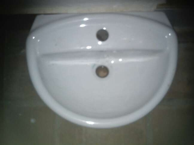 Imagen producto Lavamano Roca 3