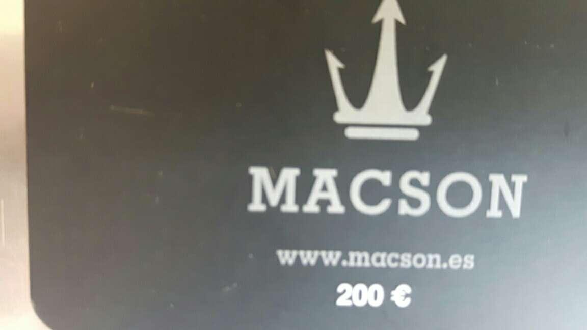Imagen vale 200 euros Macson