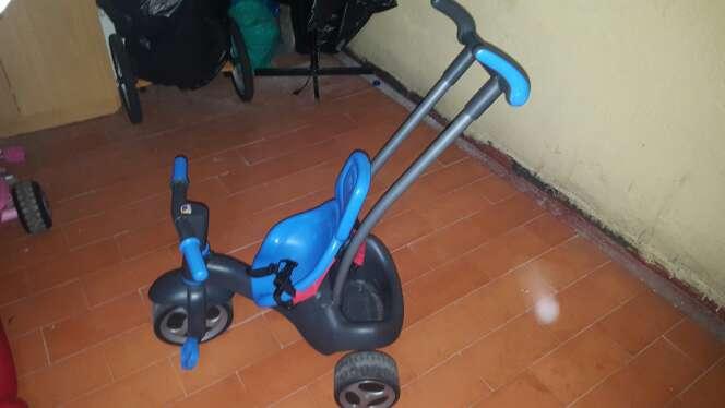 Imagen triciclo de niño