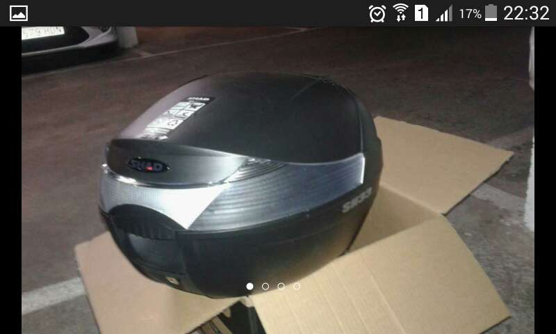Imagen baúl para motos 33 litros marca shaad