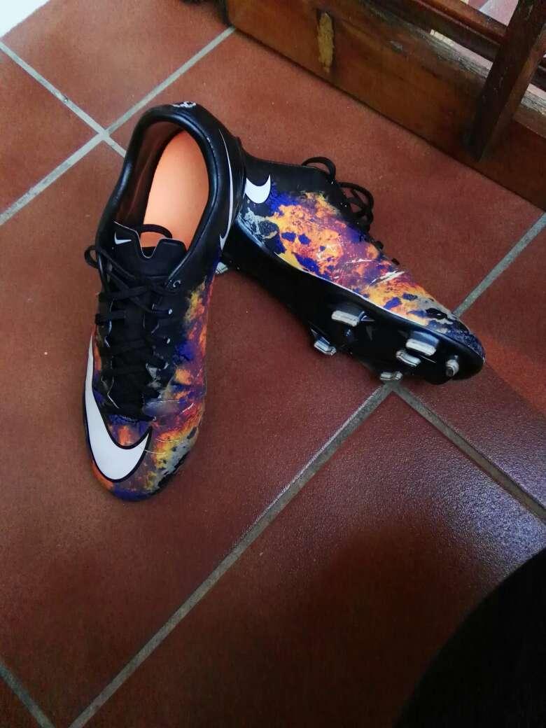 Imagen Botas de fútbol a buen precio