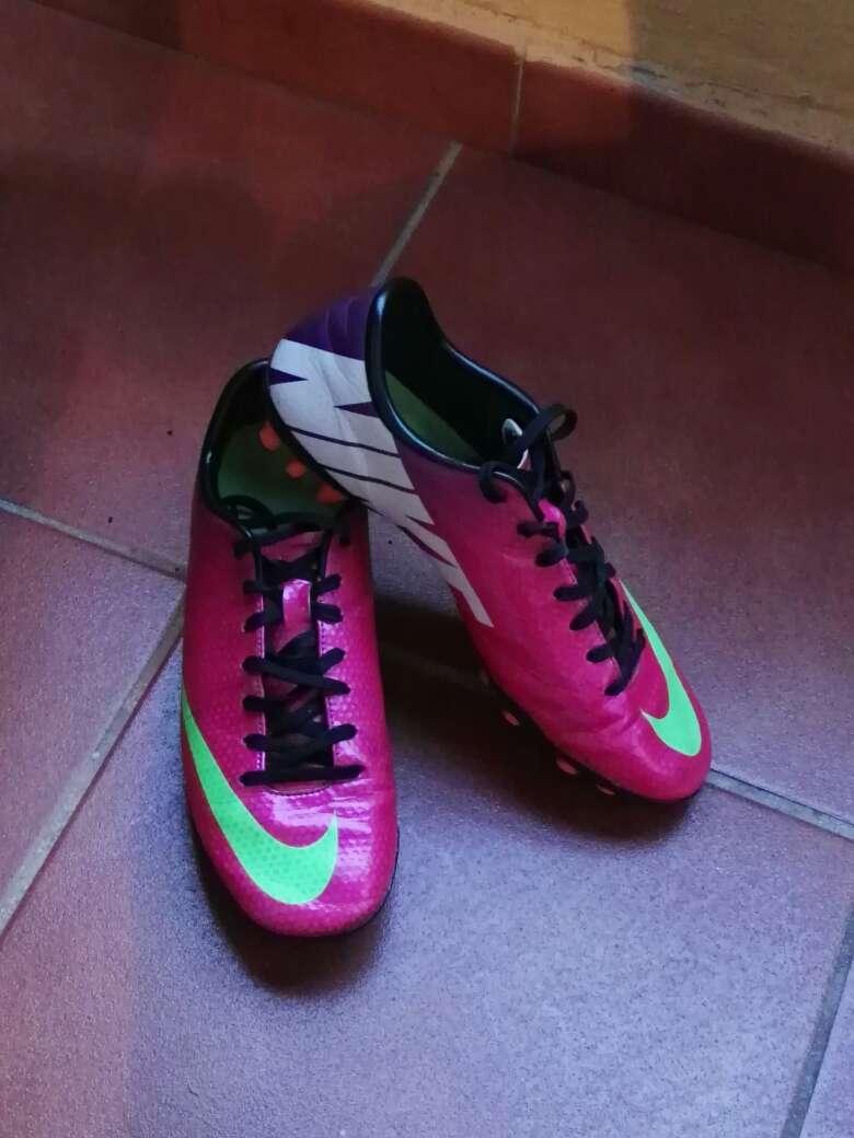 Imagen producto Botas de fútbol a buen precio  2