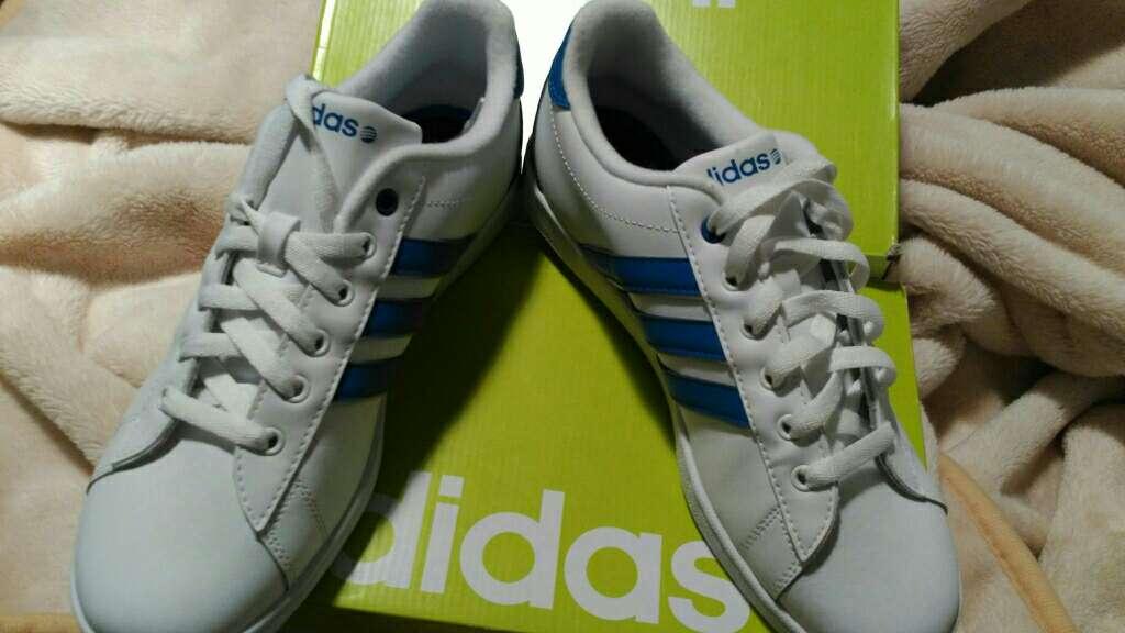 Imagen producto Deportivas Adidas nuevas 2