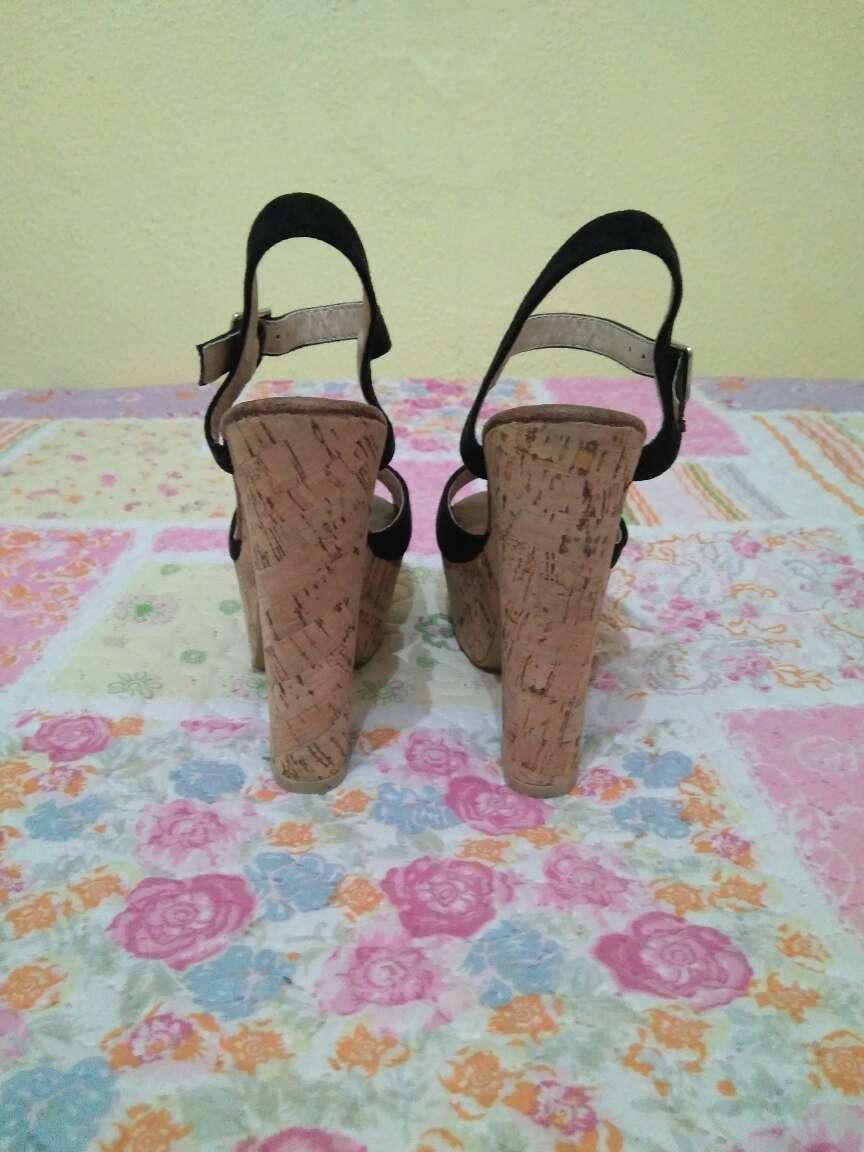 Imagen producto Zapatos negro ante tacon ancho 3