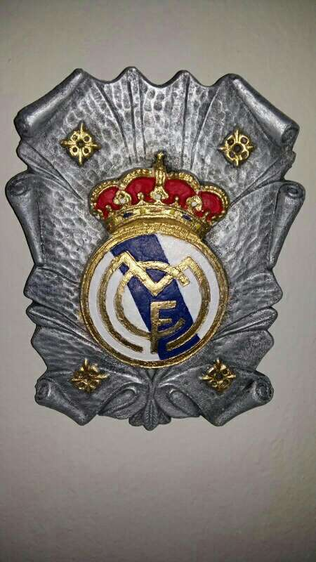 Imagen escudos pergamino real Madrid colgar 28cm