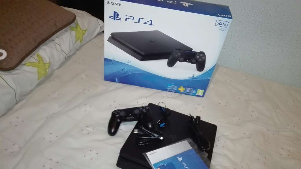 Imagen producto Play Station 4+Ps Plus 4
