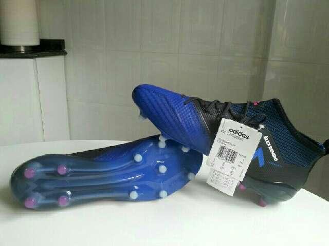 Imagen zapatillas fútbol adidas