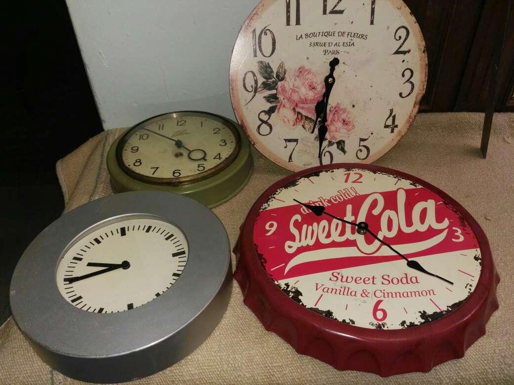 Imagen producto Relojes decorativos o coleccion 1
