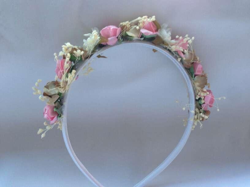 Imagen producto Diadema de flores artesana 2