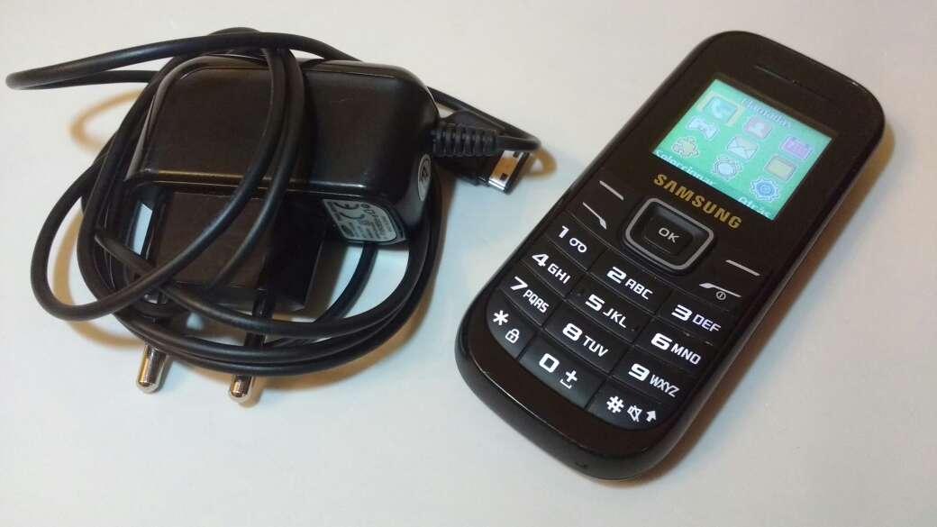Imagen producto Samsung e1200i libre 2