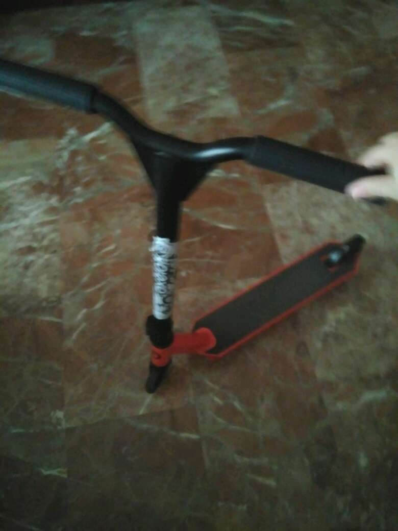 Imagen producto Patinete trucos 1